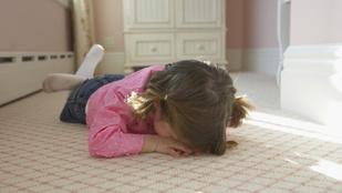 A gyerekek hisztikorszaka sajnos nem megúszható, de könnyíthetünk rajta