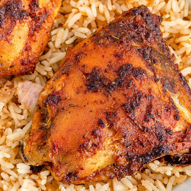 Egytepsis, fűszeres csirkecomb rizzsel összesütve: alig van vele munka