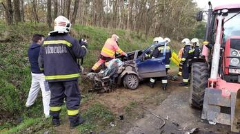 Két különleges járművet is baleset ért a magyar utakon