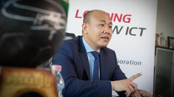 Huawei-vezér az Indexnek: Lesz mit mesélnünk az unokáinknak!