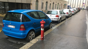 Na, ez az igazi pofátlan parkolás