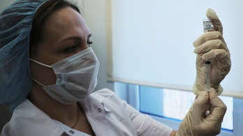 Szlovéniában ingyenes és önkéntes lesz a koronavírus elleni oltás