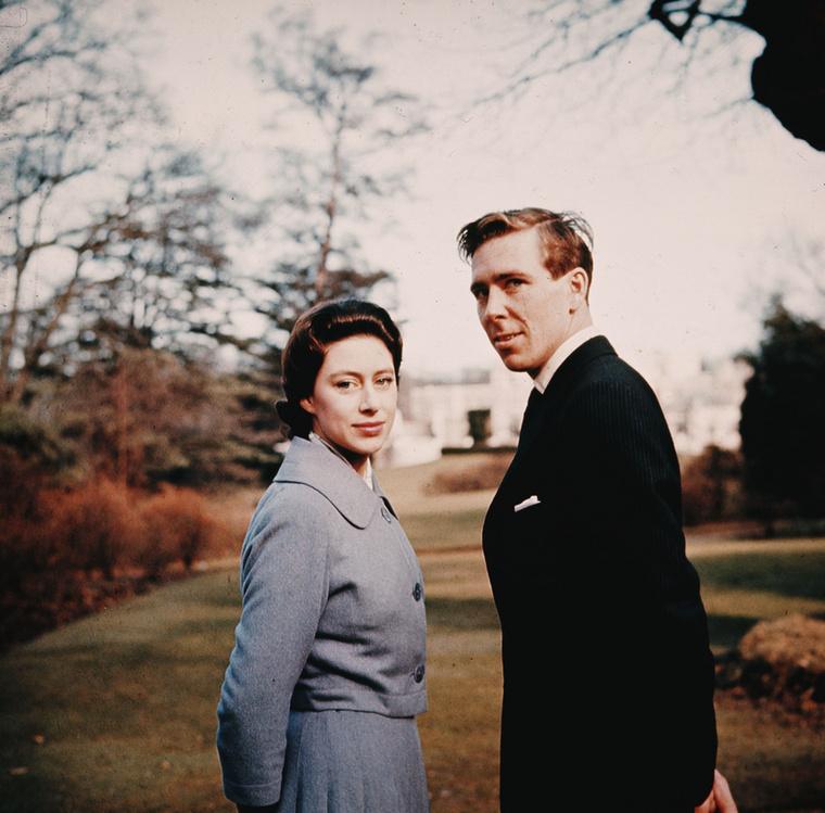 Az, hogy  Antony Armstrong-Jones fotósként dolgozott még azután is, hogy a királyi család tagja lett, nem túl botrányos