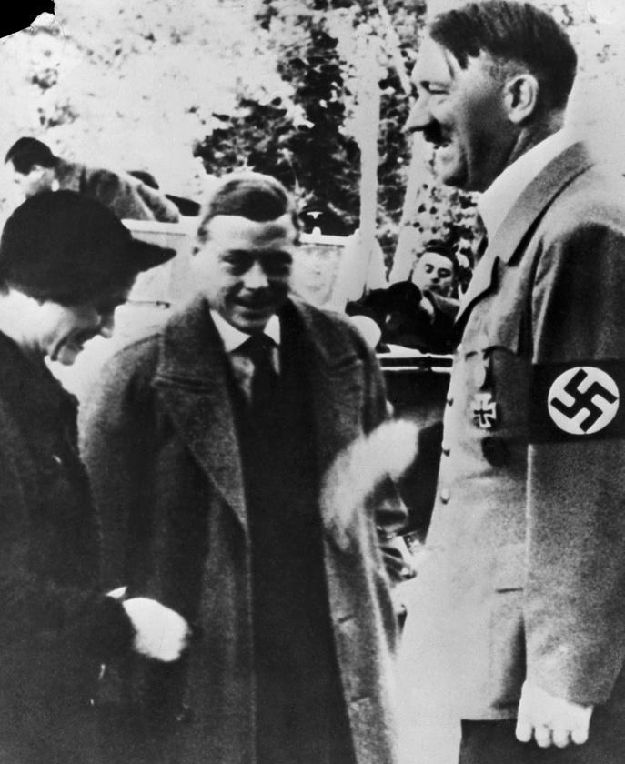 1953-ban újabb  német külügyi dokumentumok kerültek elő, melyek Eduárd nácikkal való szimpátiáját támasztották alá, ám ekkor (az ismét) kormányon lévő Churchill makacsul ragaszkodott a dokumentumok eltitkolásához