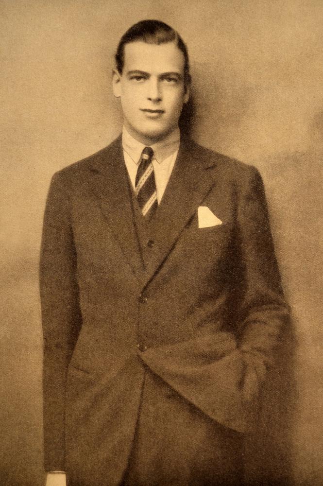 György, Kent hercege 1942-ben, egy repülőszerencsétlenségben halt meg,39 évesen