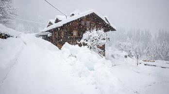 Extrém lavinahelyzet Ausztriában, az osztrákok kiadták az 5-ös riasztást