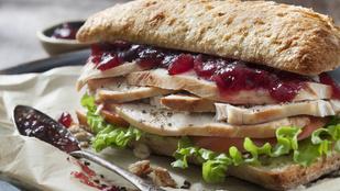 Házi majonézzel a legfinomabb ez a karácsonyi gesztenyés-pulykás szendvics