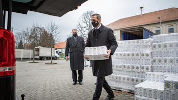 Liszttel és tejjel segítik a fővárosi szociális és egyházi intézményeket