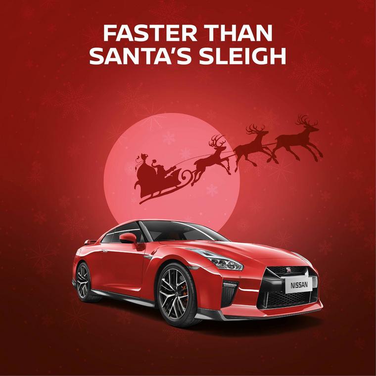 Gyorsabb, mint a Mikulás szánja - hirdetik a Nissan GT-R-ről