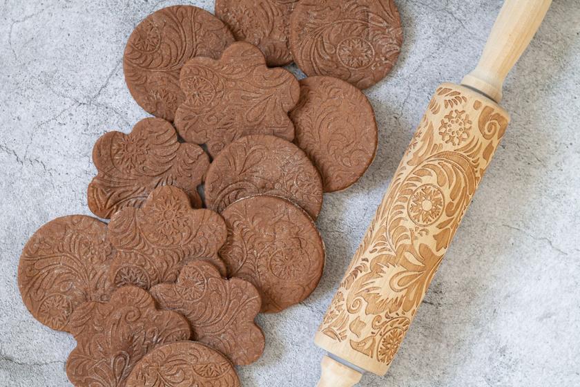 Isteni omlós keksz sütihengerrel: így használd, hogy szép legyen a minta
