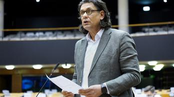 Szerda este szavaz a néppárti frakció Deutsch Tamás kizárásáról