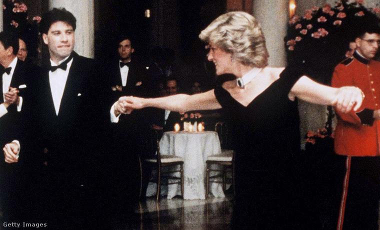 Diana hercegné és John Travolta 1985-ben. Kattintson a képre nagyobb verzióért!