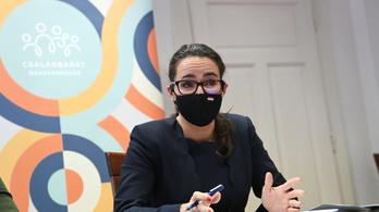Novák Katalin: Nem kell kilépnie a Fidesznek a Néppártból, hogy Orbán terve megvalósuljon