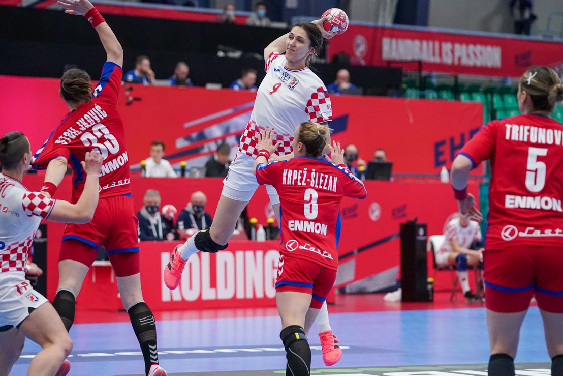 Horvát győzelem a magyarok csoportjában a női röplabda-Eb-n