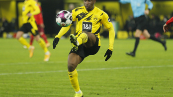 Rekordot döntött a Dortmund fiatalja, csapata csoportelsőként végzett a BL-ben