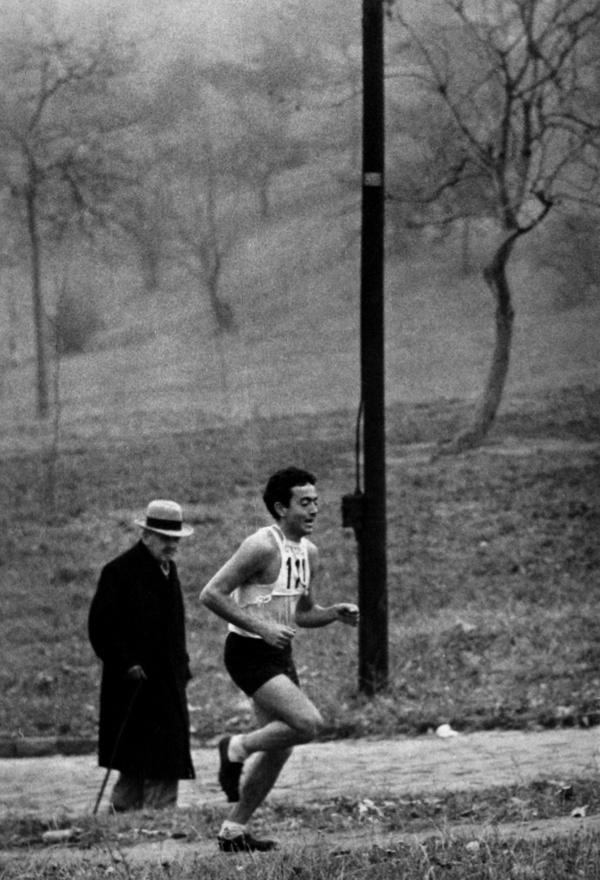 Két nemzedék, 1958.