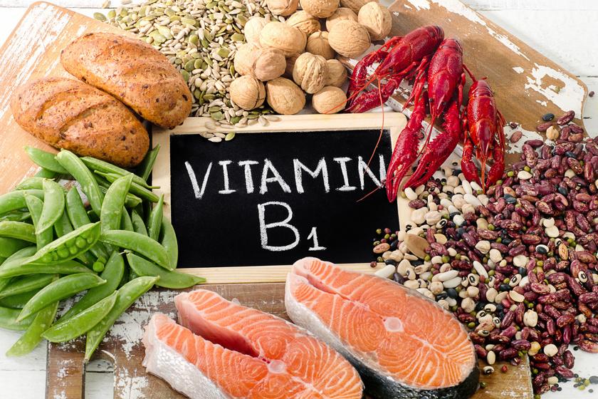 A B1-vitamin amellett, hogy hozzájárul a szénhidrátok lebontásához, fontos szerepet játszik az étvágy szabályozásában is. Hiánya hozzájárulhat, hogy a test a szénhidrátokat zsírként tárolja ahelyett, hogy elégetné. Fő forrásai a tej, tojás, gabonafélék, magvak, sertéshús, halak, burgonya, hüvelyesek. A javasolt napi bevitel körülbelül 1,2 mg.