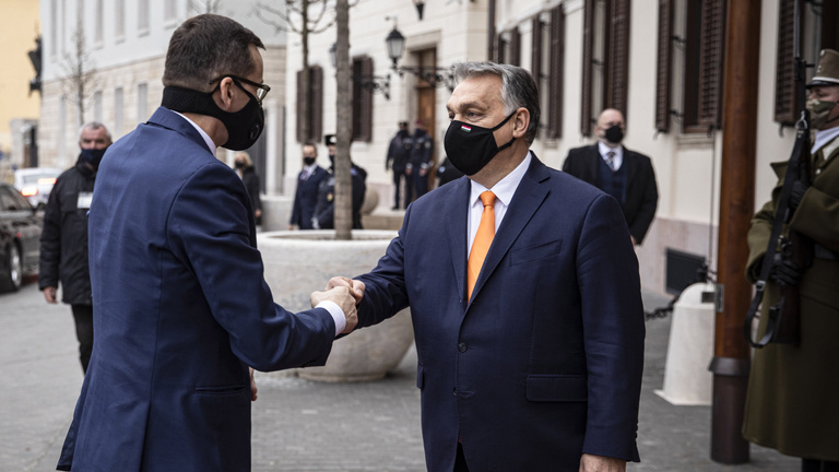Berlin, Budapest és Varsó állítólag már megegyezett a vétó feladásáról