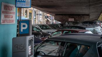 MSZP: Szüntesse meg a kormány az ingyenes parkolást