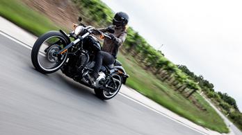 Teszt: Harley-Davidson Breakout – 2020.