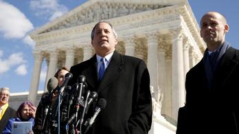 A texasi főügyész nem adja fel, négy államot perel az amerikai elnökválasztás eredménye miatt