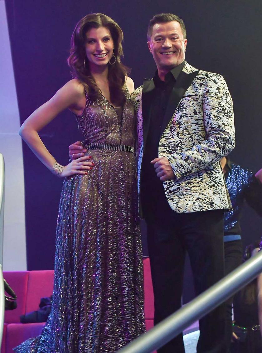 Stohl András legidősebb lányával, Lucával együtt dolgozott a Dancing whit the Stars című műsorban.