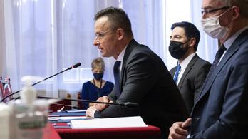 Szijjártó Péter: ha a román szélsőjobb a magyarokat inzultálja, a leghatározottabban fel fogunk lépni