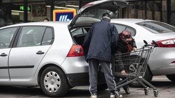 Novák Katalin: Javasoljuk az idősek vásárlási sávjának felfüggesztését