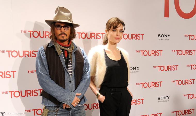 Johnny Depp és Angelina Jolie tíz évvel ezelőtt, Az utazó barcelonai premierjén