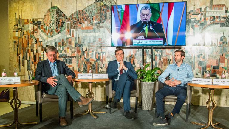 Füstös szobák helyett előválasztáson versenyeztetné az ellenzéki pártokat Fekete-Győr András