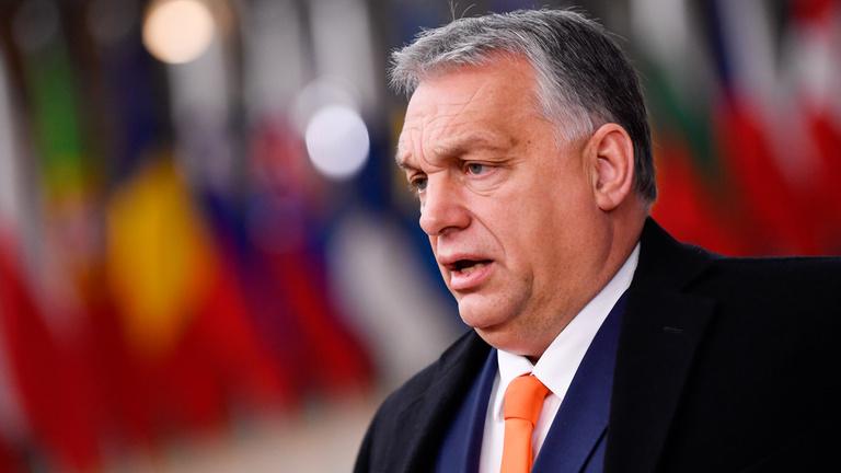 Orbán Viktor: Egy hatlapos ulti van a kezemben, negyvennel és két ásszal
