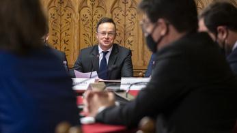 Járvány és botrányok Szijjártó bizottsági meghallgatásán