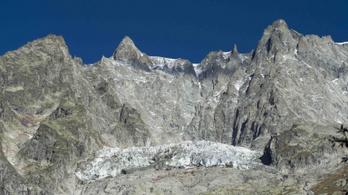 Óriási lepedőkkel lassítják a gleccserek olvadását