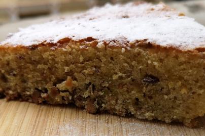 Puha pisztáciás süti olívaolajjal gazdagítva – Melegen a legfinomabb