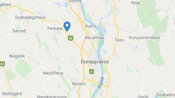 Munkásbusz borult fel Dunaújvárosnál, tizenöten megsérültek