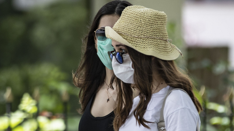 Mosolyszünet: megértjük egymást maszkban?