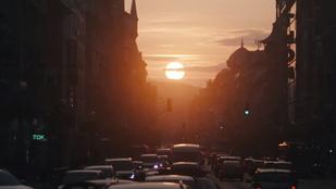 Ez egy szerelmeslevél és egy óriási lecseszés is Budapestnek