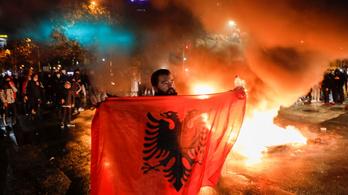 Forrong Albánia egy gyilkosság miatt, lemondott a belügyminiszter