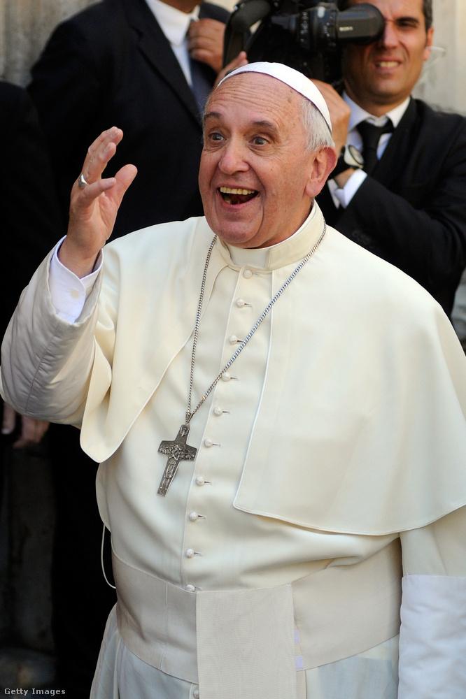 Álmodjunk együtt - Út egy jobb jövő felé címmel jelent meg Ferenc pápa könyve, aminek megírásának ötletével tavasszal, a koronavírus első hullámának kezdett el kacérkodni