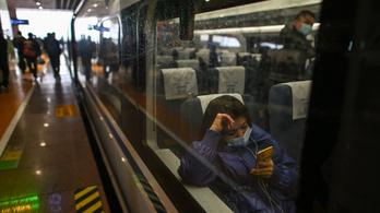 Már függőhídon is szupergyorsan hasíthatnak a vonatok Kínában