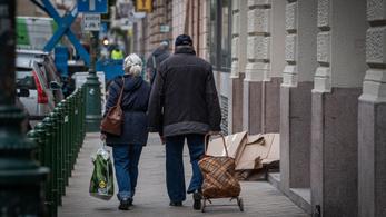 Megszűnik az idősek vásárlási idősávja, megjelent a rendelet