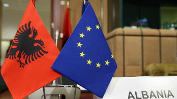 Két vétó, de most másik: megtorpant az uniós bővítéspolitika