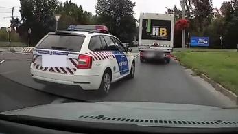 A rendőrség kiadott egy videót szabálytalankodó rendőrökről