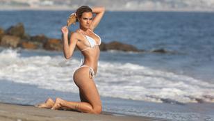 Íme egy sorozatnyi szexi, strandolós fotó egy fogorvosnak tanuló, orosz modellről