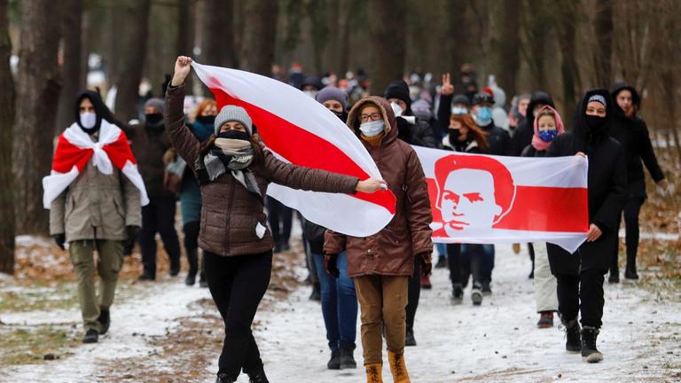 A sokadik vasárnap: gerillataktikára váltottak a belarusz tüntetők