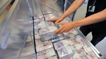 Lett egy újabb milliárdosunk, kihúzták a hatos lottó nyerőszámait