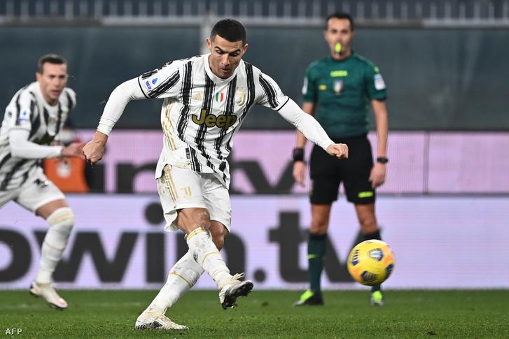 Ronaldo két büntetőt is értékesített a Genoa ellen