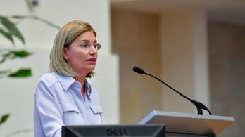 Az állami vagyonért felelős miniszter kifelejtett a vagyonnyilatkozatából pár tízmillió forint értékű földet