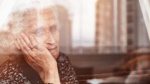 Maradnak a korlátozások karácsonykor. De mi lesz az idősekkel?