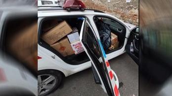 Egy járőrautónyi petárdát foglaltak le a rendőrök Józsefvárosban